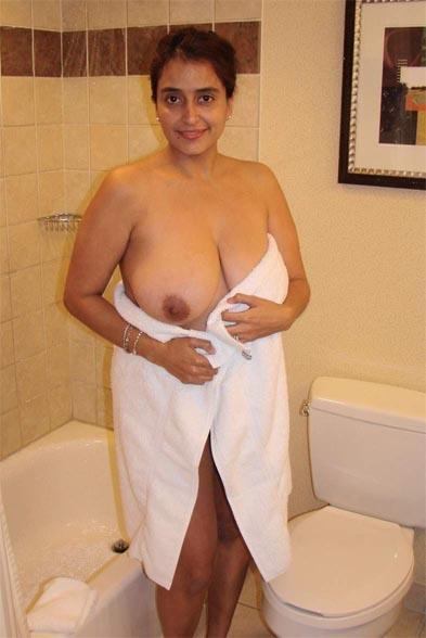 Aunty ne kiya hotel me sex