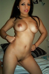 Reshma ki hot Pakisani chut aur boobs