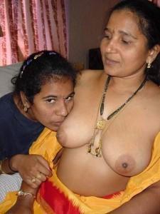 Indian lesbian aunty partner ke sath