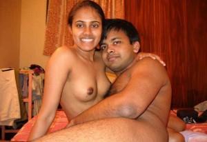 Sexy bhabhi ne dewar ke lund ka sahara paa liya