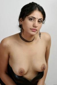 Indian bhabhi ke boobs