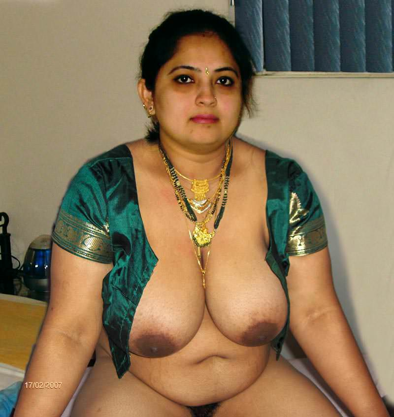 mote boobs wali randi