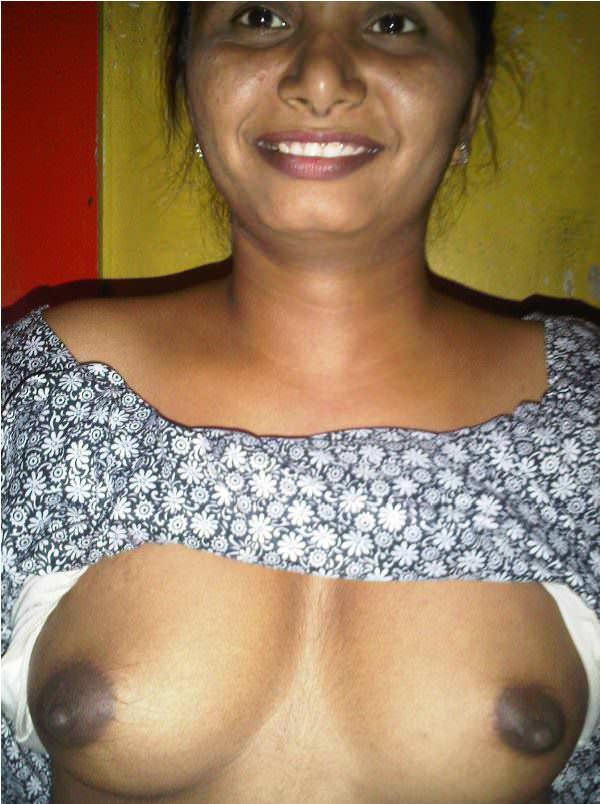 naked breast dejt