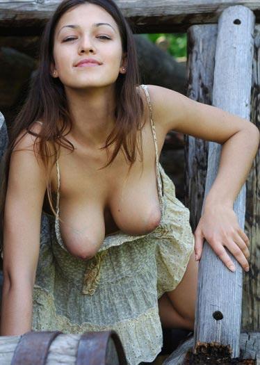 Hot desi boobs images