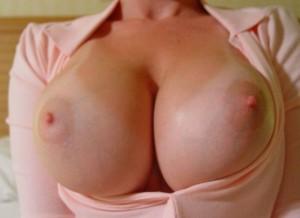 Shaandaar boobs
