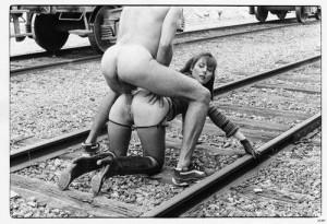 Railway track per sex