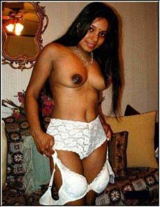 Sexy Indian boobs