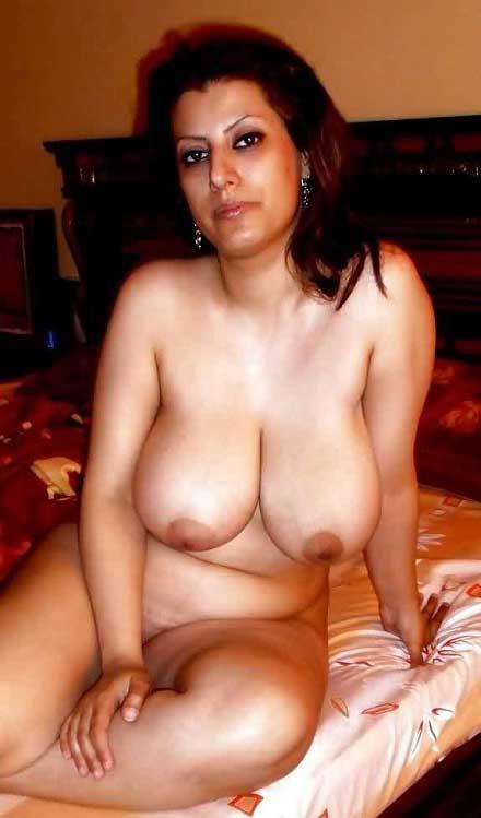 Hot Pakistani aunty