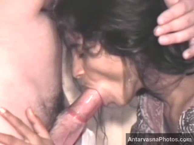 Condom laga ke Indian deepthroat diya
