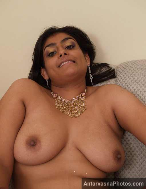 Meena bhabhi ke mast Indian big boobs