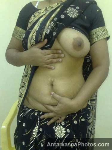 Big Indian boobs ka jalwa black saree me