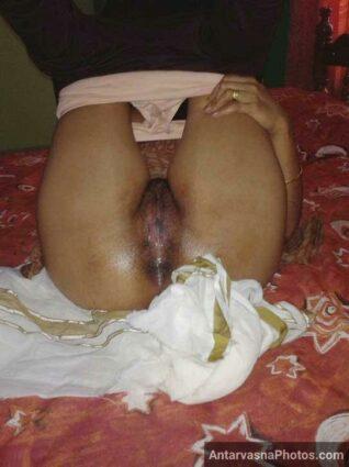 Pyasi fudi meri khala ki - Pakistani porn images