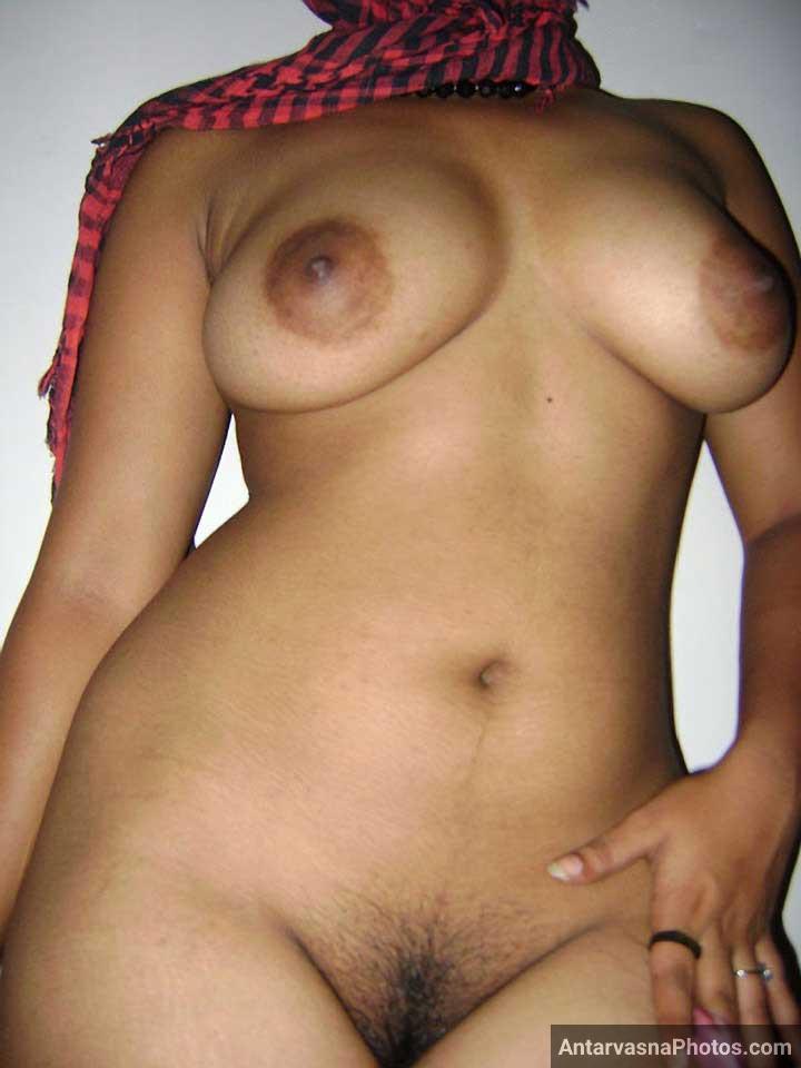 Meri hot Indian sali ke desi boobs aur chut ka pic