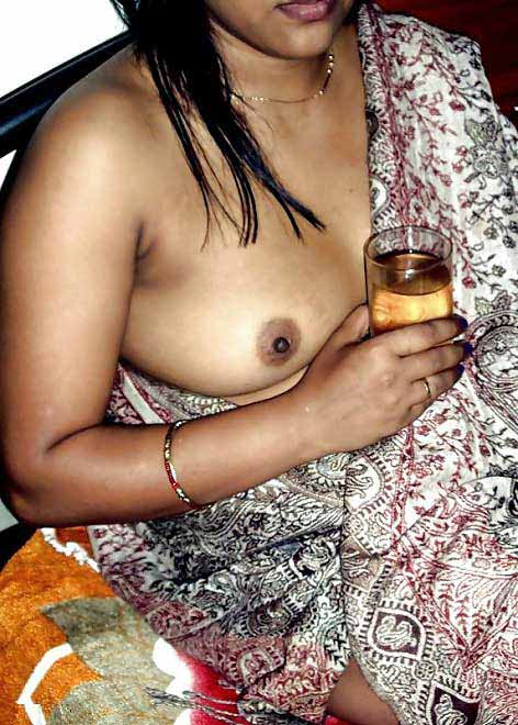 Sharab aur shabab ka maza - Desi bhabhi sex photos