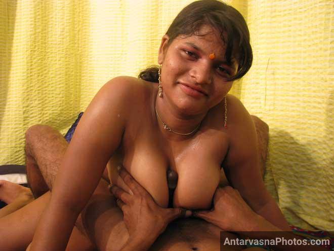 Hot sali ne apne boobs jija se chudwaye
