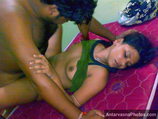Delhi randi ki desi chut me uske yaar ne lund diya - Desi sex photos