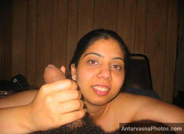 Drunk married bhabhi ne lund ko apne hath me liya