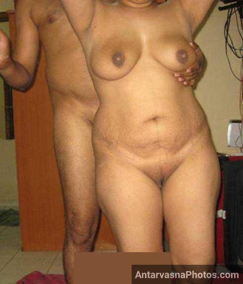 Sexy Bhopal aunty ki hot chut ka photo