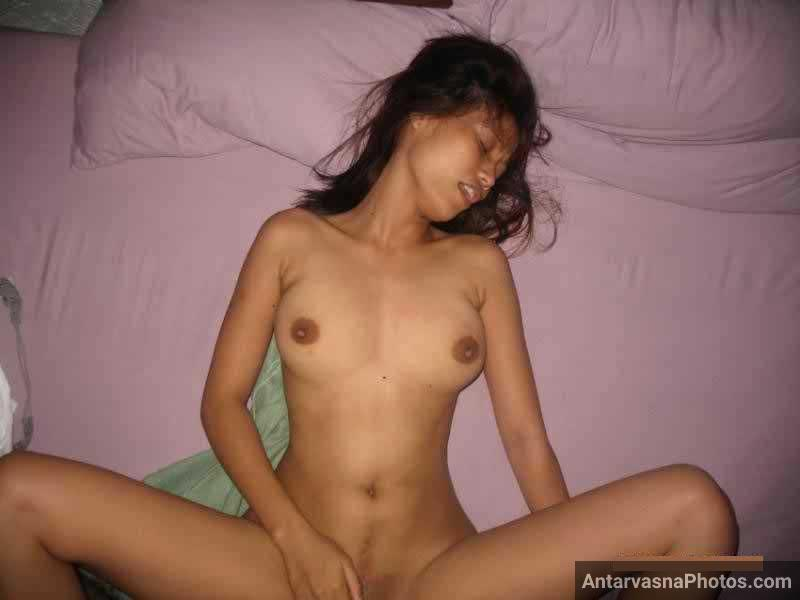 Slim Indian college girl hot fucking photo – Antarvasna ...