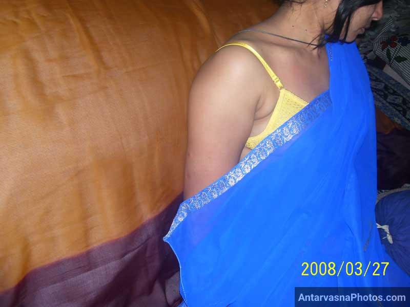 Transparent saree me sexy bra panty - Aunty sex pics