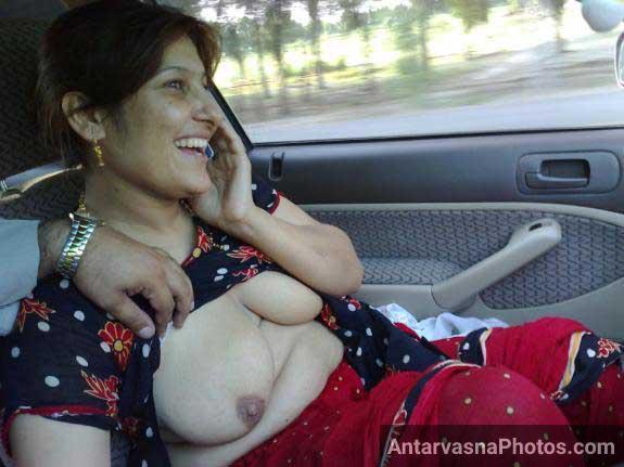 Sexy Aunty Chalti Hui Car Me Nude Hui Indian Sex Pics