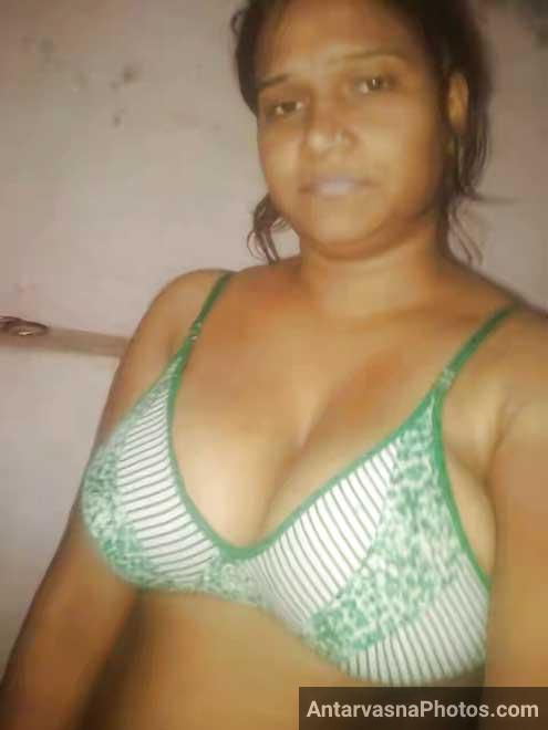 pussy and boob Indian