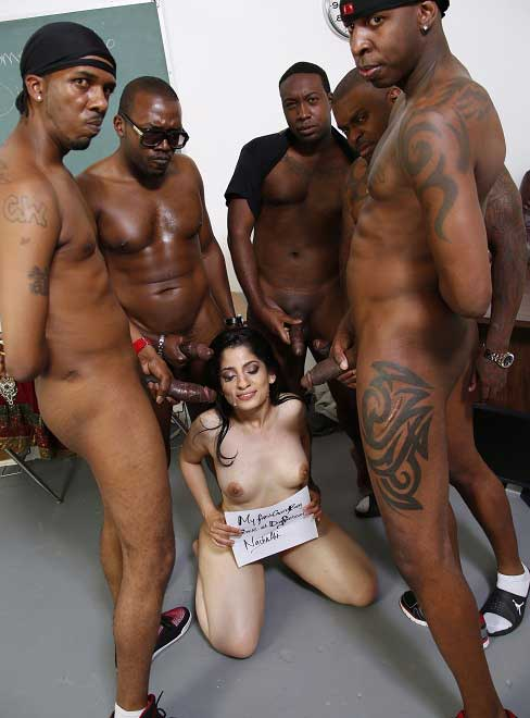 Hot Indian bhabhi ka gangbang bade black lund se