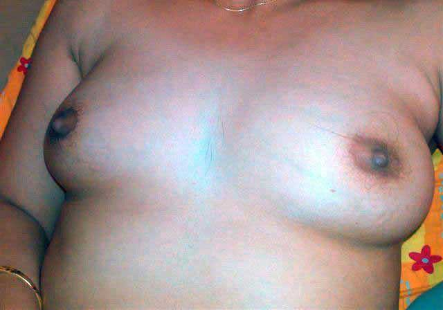 Hot Indian wife sexy boobs ke photos