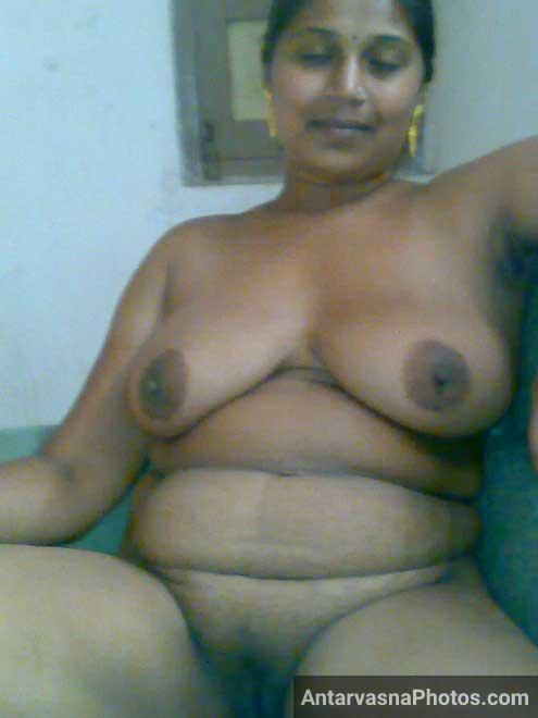 Chennai ki hot mallu aunty ke chunche ka photo