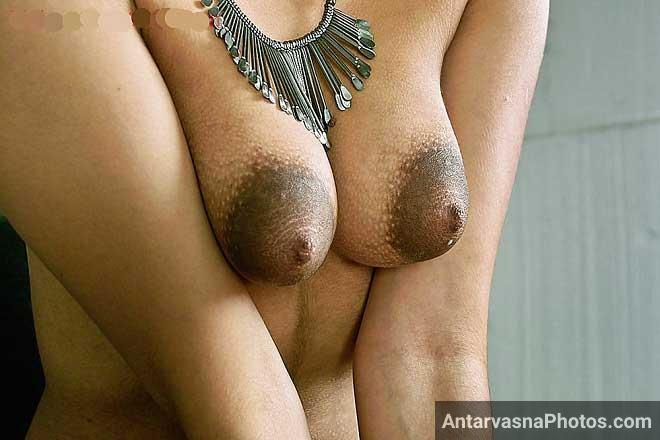 Indian sexy bhabhi hot desi nipples pics