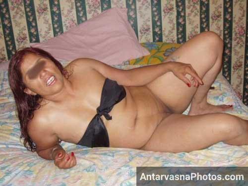 Kolkata ki aunty ne nange ho ke apni chut dikhai