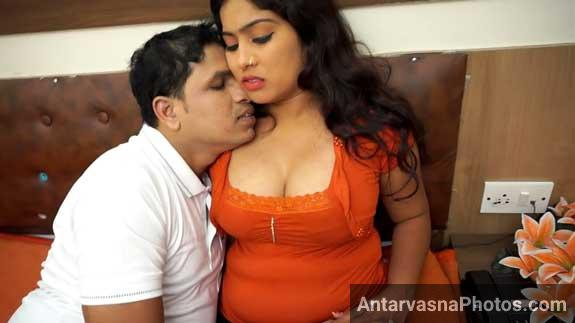 Big boobs bhabhi romance photos
