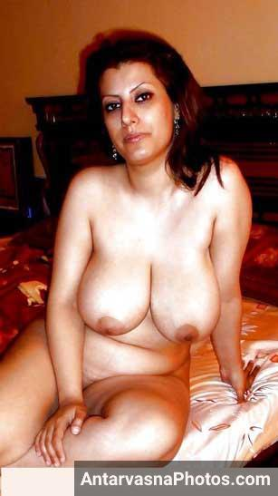 Puri nangi ho gai bade boobs wali teacher - Indian sex pics