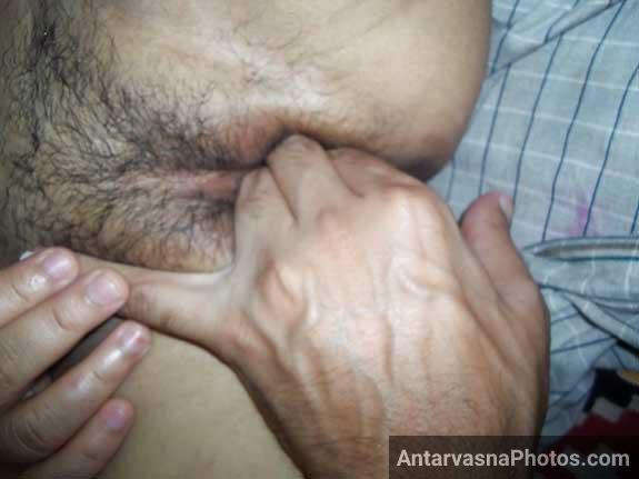 Sexy bhabhi ki chut ko apni ungli se choda