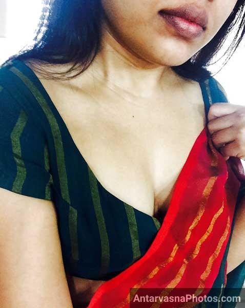 Savita bhabhi ke hot desi cleavage - Sex pics