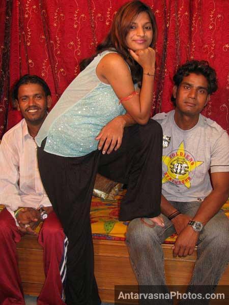 Anjali bhabhi lund lene ke lie ekdam ready thi