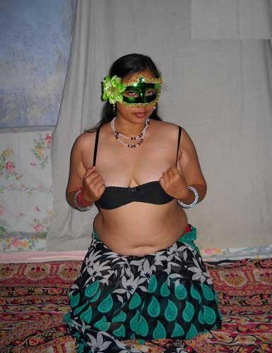 Videos of sexy bhabhi
