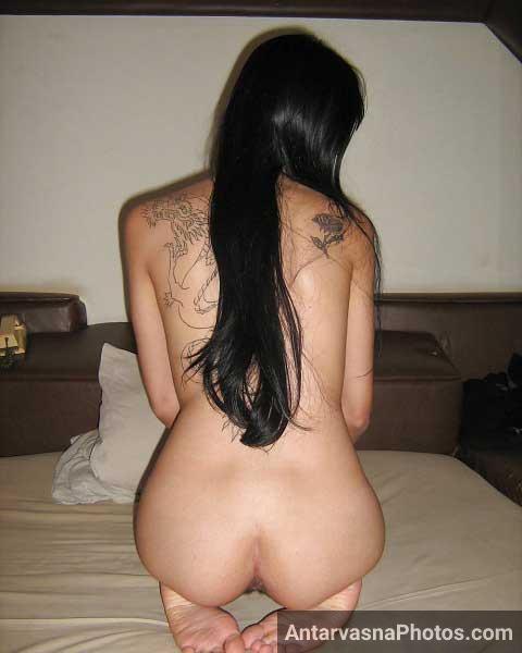 Sexy figure wali Indian wife ke hot pics