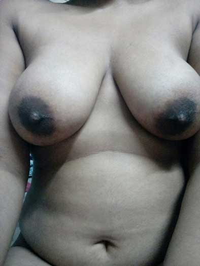 Deepa didi ne apni sexy chuchiya dikhai mujhe - Desi porn pics