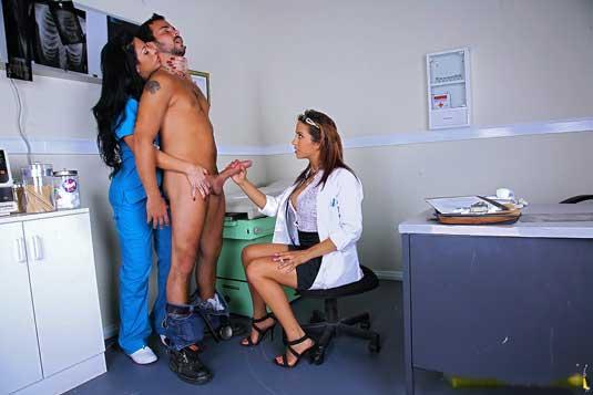 Doctor ne patient ke lund ko chudai ke lie ready kar diya