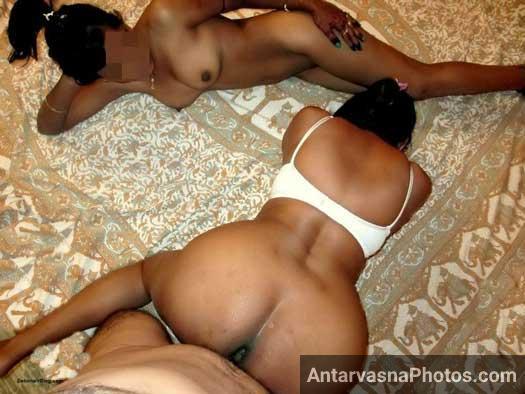Poonam ne apni pyasi chut bhi marwa li - Desi threesome sex photos