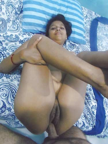 Kamwali ki desi choot ko Sundar ne bade lund se choda - Indian desi sex photos