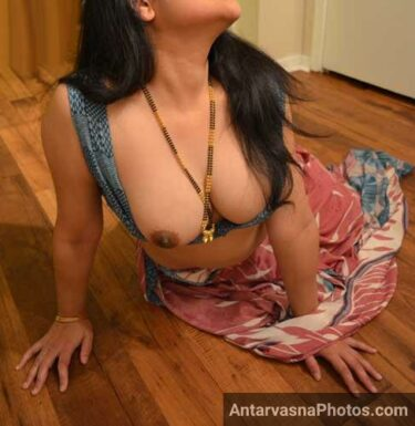 Muskan bhabhi hot saree pics - Blouse me se boobs bahar kar diye
