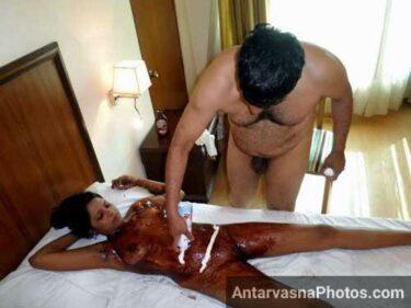 Chocolate sex me whooping cream bhi lagai