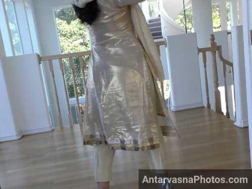 Sabina bhabhi ka silky kurta aur hot gaand