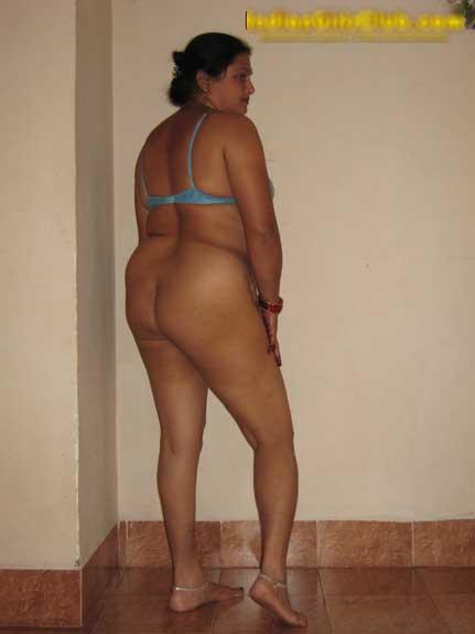 Aunty ki big ass  dekhi jab wo samne khadi thi