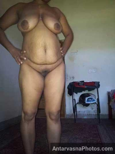 Big boobs wali hot Rekha aunty ka photo