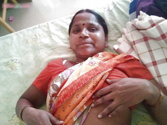 Meri Bihari kamwali aunty ke saree porn pics