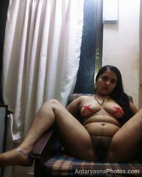 Gujarati bhabhi apna bhosda khol ke baith gai