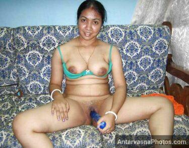 Indian bhabhi masturbation pics - Porn dekh ke chut garam ho gai Savita bhabhi ki